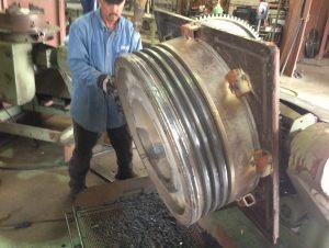 MC-90-Piston-Crown-welding